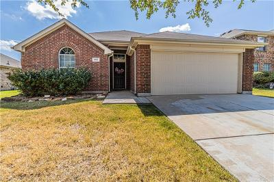 Burleson Single Family Home For Sale: 805 W Bend Boulevard