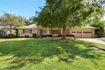 Tarrant County Single Family Home For Sale: 5012 Fall River Drive