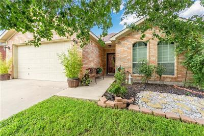 Fort Worth Single Family Home For Sale: 9964 Blue Bell