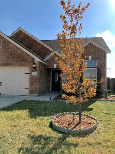 Fort Worth Single Family Home For Sale: 10049 Silent Hollow Drive