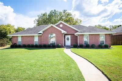 Lindale Single Family Home For Sale: 605 William Drive
