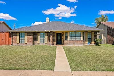 Garland Single Family Home For Sale: 2613 Kimberly Drive