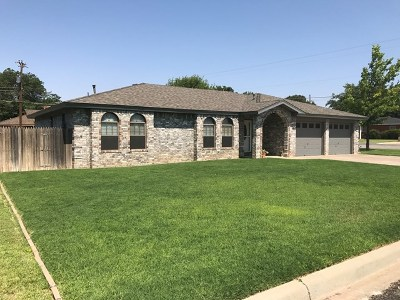 Seminole Single Family Home For Sale: 800 SW 9th St