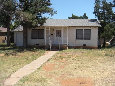 Andrews Single Family Home For Sale: 808 NW 5th St