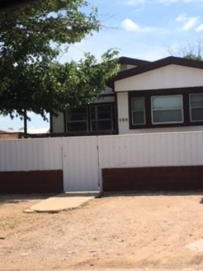 Andrews Single Family Home For Sale: 107 SE 4th