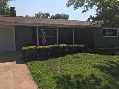 Andrews Single Family Home For Sale: 1004 NW 11th St
