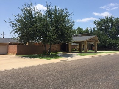 Andrews Single Family Home For Sale: 1001 NW 11th St