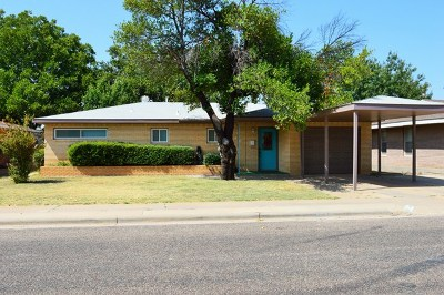 Andrews Single Family Home For Sale: 803 NW 7th St