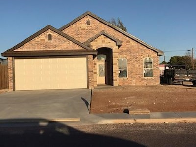 Andrews County, Ector County, Gaines County, Howard County Single Family Home For Sale: 109 SE 2nd St