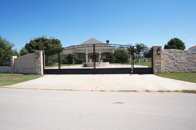 Odessa Single Family Home For Sale: 22 Estates Dr