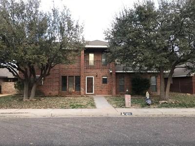 Andrews Single Family Home For Sale: 1410 NW Cedar Lane