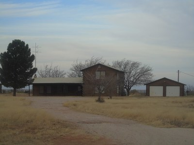 Crane Single Family Home For Sale: 1100 S Hwy 385