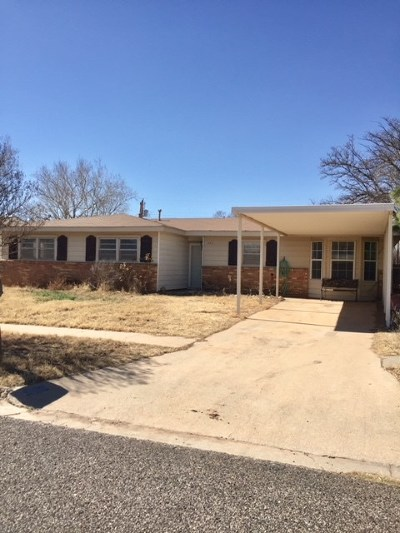 Andrews Single Family Home For Sale: 709 NE 4th Place