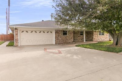 Single Family Home For Sale: 2234 Lynn St