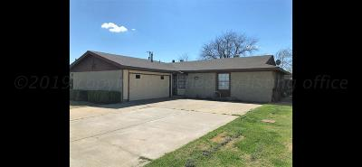 Single Family Home For Sale: 2709 N Seminole Dr