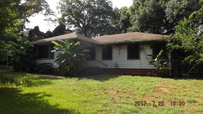 Palestine TX Single Family Home For Sale: $92,000