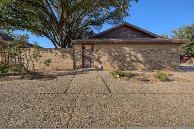 Midland Single Family Home For Sale: 2400 Castleford Rd