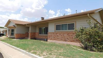 Stanton Single Family Home For Sale: 100 W Carpenter