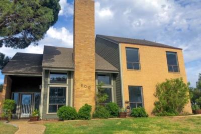Midland Single Family Home For Sale: 900 E Sorrell Lane