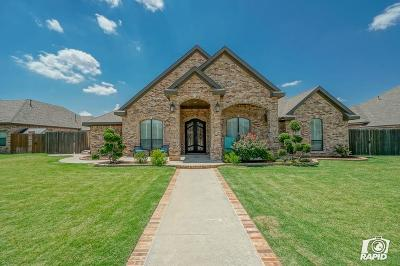 Midland Single Family Home For Sale: 2017 Mosswood Dr