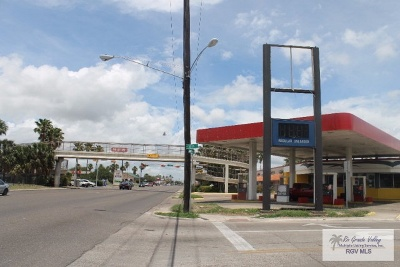 Brownsville Commercial For Sale: 2975 Southmost Rd.