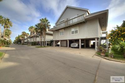Port Isabel Condo/Townhouse For Sale: 118 E Scallop