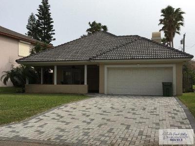 South Padre Island Single Family Home For Sale: 121 E Palmetto Dr.