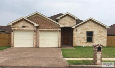 Brownsville Single Family Home For Sale: 6772 Golden Cove Dr