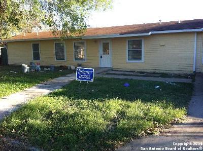 Single Family Home For Sale: 2802 Longmeadow Dr