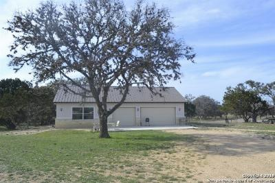 Bandera County Single Family Home For Sale: 484 Medina Springs Rd