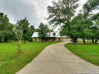 Poteet TX Single Family Home Sold: $262,000