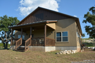Canyon Lake Single Family Home For Sale: 2168 Senora Rdg