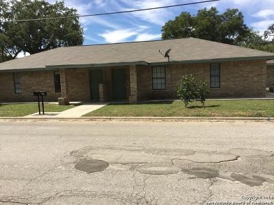 Atascosa County Multi Family Home For Sale: 1101 Live Oak St