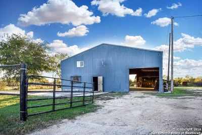 Commercial For Sale: 906 Fm 3176