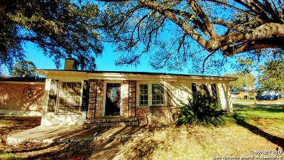 Frio County Single Family Home Back on Market: 1117 E Brazos St