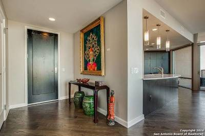 Condo/Townhouse For Sale: 4242 Broadway St #1404