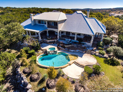 Boerne Single Family Home Back on Market: 122 Greystone Pt