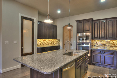 Comal County Single Family Home For Sale: 949 Academy Ave #949