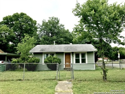 Single Family Home For Sale: 942 Cantrell Dr