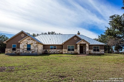 Bandera County Single Family Home For Sale: 509 Mustang Crossing Dr