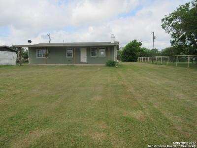 San Antonio Single Family Home Back on Market: 10491 E Loop 1604 S