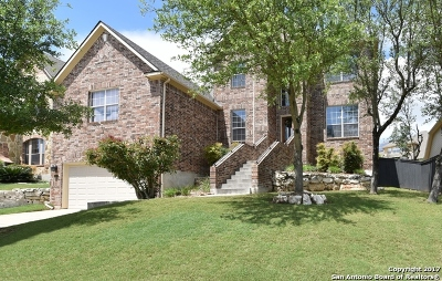 Terra Bella Single Family Home For Sale: 831 Tiger Lily