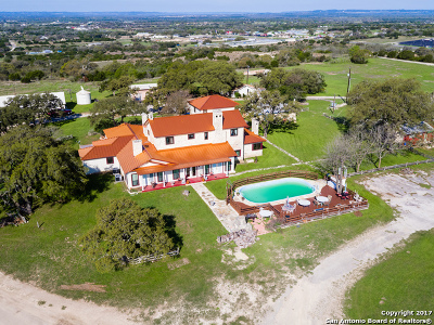 Farm & Ranch For Sale: 307 Davis Dr