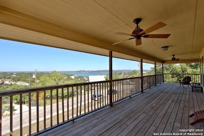 Canyon Lake Single Family Home For Sale: 1215 Highland Terrace Dr