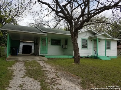 Guadalupe County Single Family Home For Sale: 952 Zwicke St