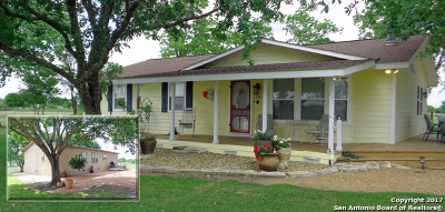 Guadalupe County Single Family Home Active RFR: 275 Wild Coyote Trail