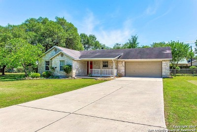 Stonegate Single Family Home For Sale: 121 Stonegate N