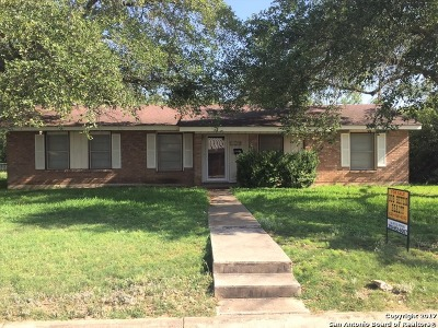 Hondo Single Family Home For Sale: 1702 24th St