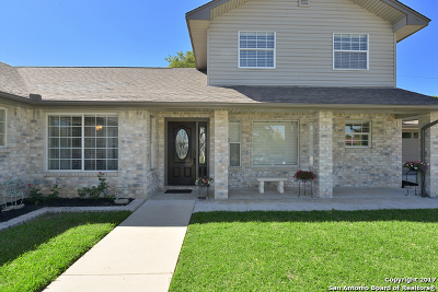 Comal County Single Family Home Back on Market: 907 River Rock