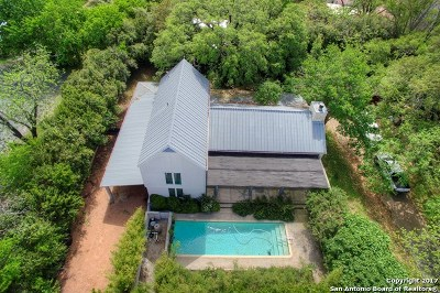 Fredericksburg Single Family Home For Sale: 105 S Cherry St